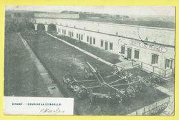 * Dinant (Namur - Namen - La Wallonie) * (Phot H. Bertels) Cour De La Citadelle, Sortie Du Musée, Chateau, Canon, TOP - Dinant