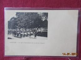 CPA - Saint-Lo - Le 136e D'Infanterie Sur La Route D'Isigny - Saint Lo