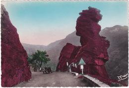 Les Gorges De Daluis: CITROËN C4 FAUX CABRIOLET '30 - La Tete De Femme - (A.M.) - Toerisme