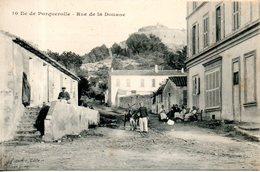 83. île De Porquerolles. Rue De La Douane - Porquerolles