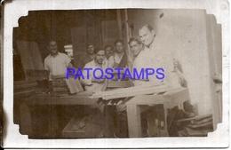 106347 ARGENTINA COSTUMES TALLER WORKSHOP PHOTO NO POSTAL POSTCARD - Photographie
