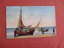 Dutch Fishing Boats Near Scheveningen   Ref 3130 - Scheveningen