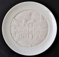 Fali Tál Herend Hungary Felirattal, átlátszó Biszkvit Középrésszel, Díszdobozban, Hibátlan, D: 18,5 Cm - Ceramics & Pottery