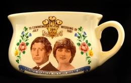 Diana & Charles Esküvője Alkalmából Kiadott Emlékcsésze, Matricás, Hibátlan, D: 11,5 Cm, M: 7,5 Cm - Céramiques