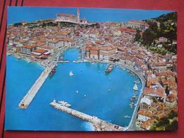 Piran / Pirano: Flugaufnahme Hafen - Slovenia