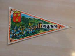 Fanion Touristique France CONQUES -AUVERGNE  (vintage Années 60) - (Vaantje - Wimpel - Pennant - Banderin) - Recordatorios