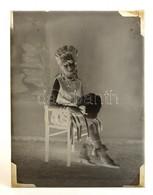 1939 Feliratú Dobozban, 13 Db Vintage üveglemez Negatív, A Foto-GRÁF Egri Műterméből (papok, Katonák, Viseletek, Jelmeze - Autres Collections