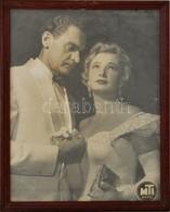 Cca 1960 Azonosítatlan Színészek, Nagyméretű Fotó, MTI-fotó, üvegezett Fa Keretben, 28,5×21,5 Cm - Autres Collections