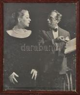 Cca 1960 Azonosítatlan Színészek, Nagyméretű Fotó, üvegezett Fa Keretben, 28,5×21,5 Cm - Autres Collections