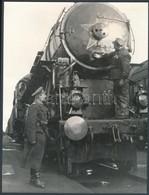 Cca 1950 424-es Gőzmozdony, Fotó Kartonra Ragasztva, 24x18 Cm - Autres Collections