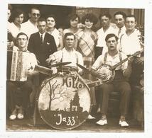 Photographie Issue D'un Journal,papier Glacé ,16.5 X 15 , Musiciens ,musique ,orchestre  MILLO JAZZ , Frais Fr 1.55 E - Vieux Papiers