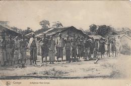 Congo - Indigènes Bas-Congo (animation 1911) - Congo Belge - Autres