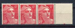 RC 11317 - FRANCE 721a VARIÉTÉ MARIANNE DE GANDON 6f ROUGE MECHES RELIÉES NEUF ** - Francia