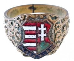~1956. '1956. X. 23.' Kossuth-címeres Zománcozott Jelvény Fém Gyűrűre Rögzítve, A Gyűrű Belső Felén Gyártói Beütés T:2,2 - Coins & Banknotes