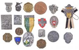 Svájc 1926-1957. 18db-os Jelvény Tétel érdekesebb Darabokkal, Közte 1935. '25. Dalfesztivál Basel', 1940. 'Svájci Vörösk - Coins & Banknotes