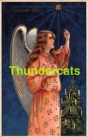 CPA LEGEREMENT EN RELIEF GAUFREE ANGE FILLE LIGHT EMBOSSED CARD CHRISTMAS ANGEL - Angels