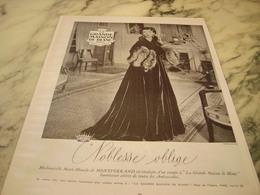 ANCIENNE AFFICHE  PUBLICITE MAGASIN LA GRANDE MAISON DE BLANC Avec Madame De Montferrand 1952 - Affiches