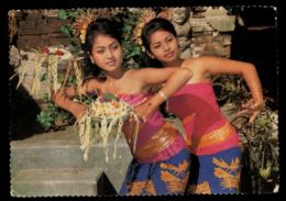 C469 INDONESIA - COSTUMES FOLKLORE ETHNICS PEOPLE SCENES - RAMAYANA BALLET DANCERS WOMEN - Indonesia