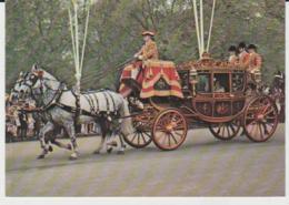 Postcard - The Irish State Coach, Card No.plo22123 - Unused Very Good - Ansichtskarten