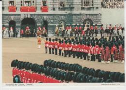 Postcard - Trooping The Colour London, Card No.2l38  - Unused Very Good - Ansichtskarten