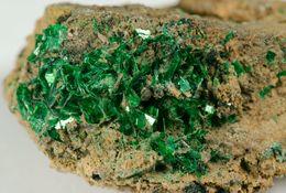 Mineral - Calcofillite (Salsigne Mine, Aude, Occitanie, France) - Lot. 5 - Minéraux
