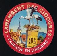 étiquette Fromage Camembert Des Cigognes Fabriqué En Lorraine  Fromagerie Schlienger Damblain Vosges 88 - Fromage