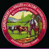 """étiquette Fromage Camembert De La Vallée De L'Aisne 40%mg Deruelle A Quatre Champs Ardennes 08 """"paysan, Vaches, Faux"""" - Fromage"""