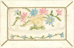 CPA Fantaisies, Brodée – Charrette, Fleurs - Embroidered