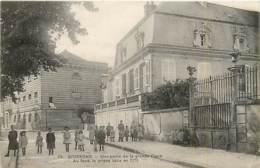 02* SOISSONS  Grande Place – Prison             MA84,0083 - Soissons