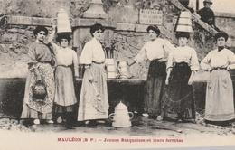 Jeunes Basquaises Et Leurs Ferratas - Mauleon Licharre