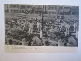 Carte Stéréoscopique  à Bord Des Navires De Guerre Embarcation De L'escadre Aux Vivres - Stereoscope Cards