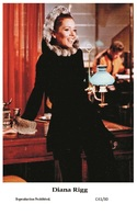DIANA RIGG - Film Star Pin Up PHOTO POSTCARD - C41-30 Swiftsure Postcard - Künstler