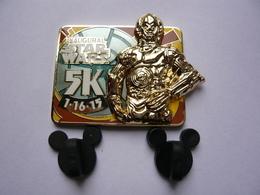 Big Pin S Disney Double Moule STARS WARS Lucasfim 4,5 X 3,5 Cm 2 Attaches Neuf - Disney