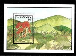 Hoja Bloque De Granada Nº Yvert HB-262 ** SETAS (MUSHROOMS) - Grenade (1974-...)