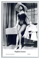 SOPHIA LOREN - Film Star Pin Up PHOTO POSTCARD - 20-44 Swiftsure Postcard - Artistas