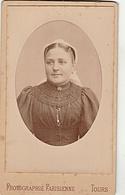 PHOTO  CDV 19 Eme FEMME TOURANGELLE ET SA COIFFE Cabinet  PHOTOGRAPHIE PARISIENNE  A TOURS - Old (before 1900)