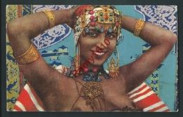 Très Jolie Femme Kabile. Légèrement Vêtue... - Women