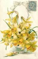 Belle Carte Gaufree Signée MB - Fleurs