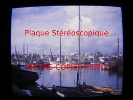 CONCARNEAU 29 Finistère En 1949 Le Port Bateau De Pêche Photo Amateur Stéréoscopique Stéréo Sur Plaque - Boats