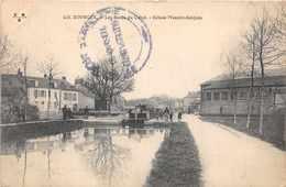 BOURGES  -  Les Bords Du Canal - écluse Messire Jacques ( Animée ..passage Péniche ) - Bourges