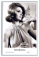 SYLVA KOSCINA - Film Star Pin Up PHOTO POSTCARD - 216-4 Swiftsure Postcard - Künstler