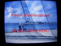 LOCTUDY 29 Finistère En 1950 Vue Sur Ile Tudy Filet De Pêche Photo Amateur Stéréoscopique Stéréo Sur Plaque - Lieux