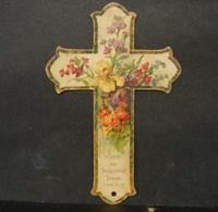 Découpis. 9. Petit Croix Décorée De Fleurs En Découpis - Motif 'Noel'