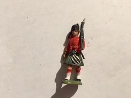 272/ SOLDAT BRITAINS MADE HONG KONG - Figurines