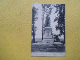 ORIGNY SAINTE BENOITE. La Statue De Sainte Benoite. - France