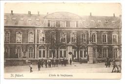 SAINT  HUBERT L Ecole De La Bienfaisance - Saint-Hubert