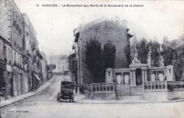 92 - Hauts De Seine - GARCHES - Le Monument Aux Morts Et Le Boulevard De La Station - Garches