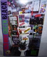 Carte Postale - Red Hot Green Black (plante Dans Un WC) Forests For Life... - Werbepostkarten