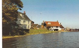 Postcard  Orford Waterfront Suffolk My Ref  B12821 - Other