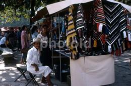 1980 STREET SCENE RIO DE JANEIRO BRASIL BRAZIL AMATEUR 35mm DIAPOSITIVE SLIDE Not PHOTO No FOTO B3297 - Diapositives